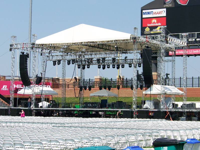 roof-stage-and-audio